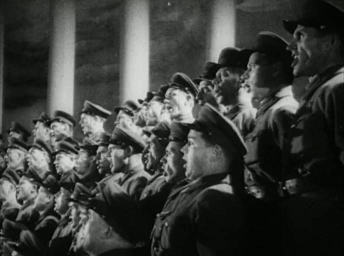 Славься, Отечество: гимн СССР от Сталина до наших дней