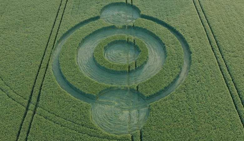 Сезон кругов на полях открыт: в Англии появился первый рисунок в этом году