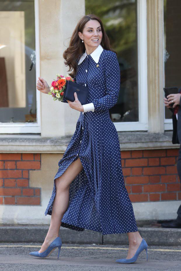 Королевский инсайдер рассказал, откуда у Кейт Миддлтон ноги, которые принц Гарри назвал «убийственными»