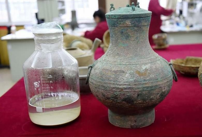 Эликсир бессмертия возрастом 2000 лет: уникальная находка в китайской гробнице