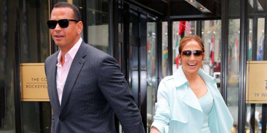 49-летняя Дженнифер Лопес выйдет замуж этим летом