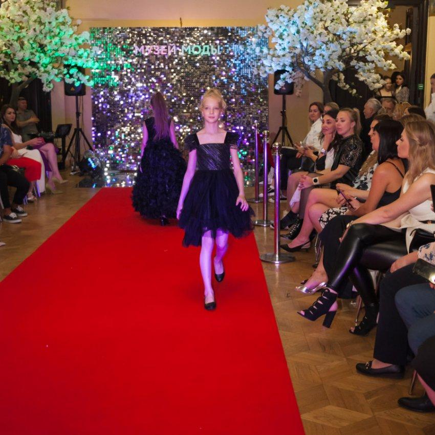 26 мая в Гостином дворе прошло стильное fashion-шоу
