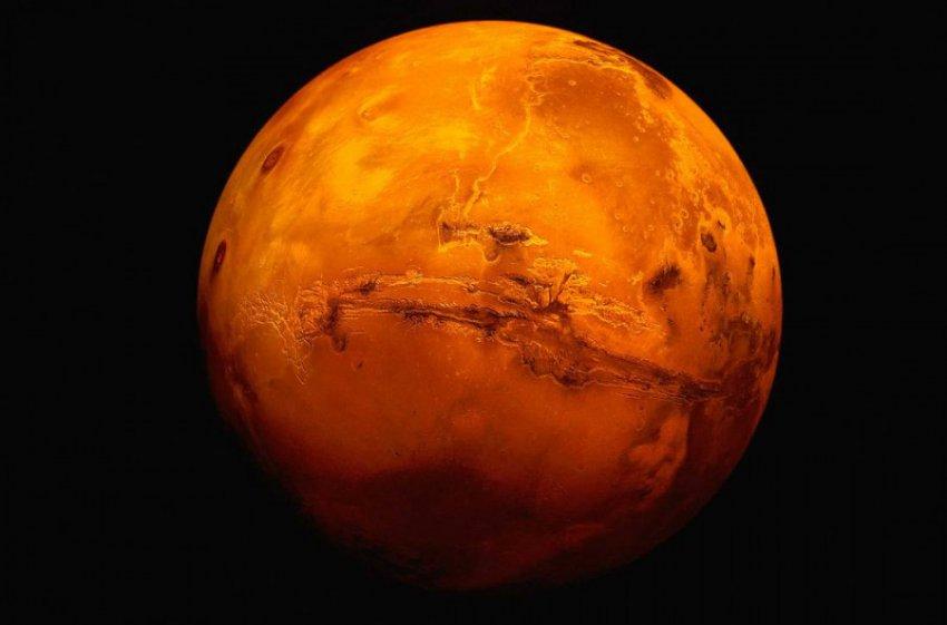 Ученые заявили об увеличении шансов найти жизнь на Марсе