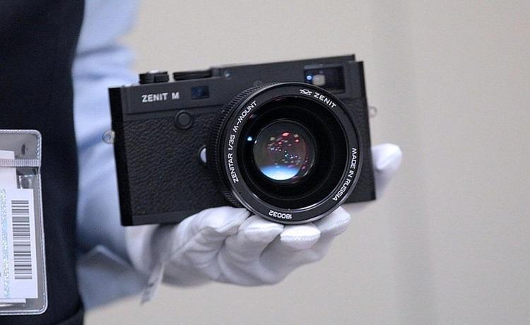Фотоаппарат «Зенит» вернулся: новый и обновленный уже в продаже