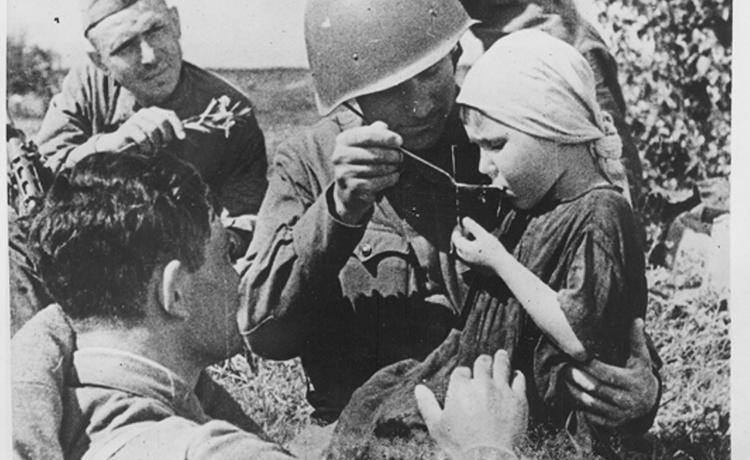 Кто такие «дети войны», какая выплата им положена, и как ее получить — разбирались журналисты