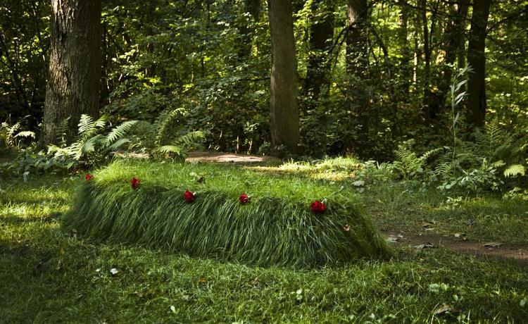 Захоронение Льва Толстого связано с детской тайной «заленой палочки»