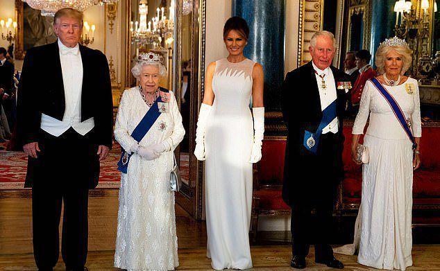 Меган Маркл закрепляет за собой прозвище «эгоистка», пропустив визит Трампа, но посетив парад королевы