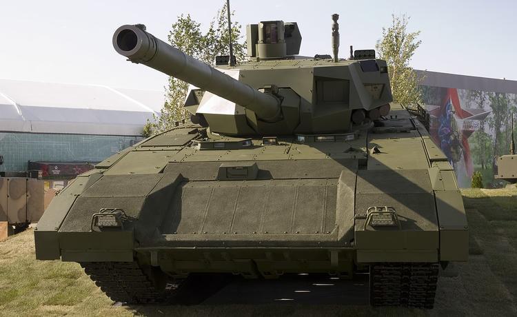 Новый танковый полк развернется на западной границе России