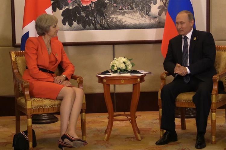Великобритания готова сделать шаг навстречу России