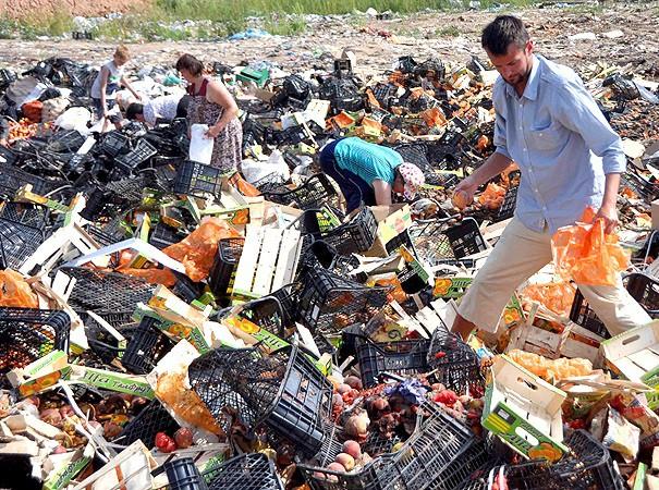 В СПЧ предложили раздавать бедным предпросроченные продукты
