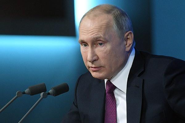 Путин удивился низким зарплатам в России