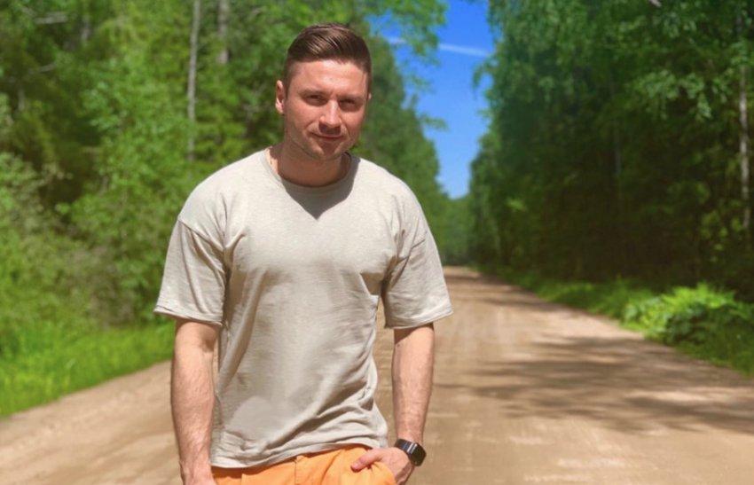 На Сергея Лазарева в лесу напал пчелиный рой
