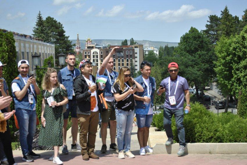 Вторая делегация студентов стран БРИКС и ШОС посетила Кисловодск