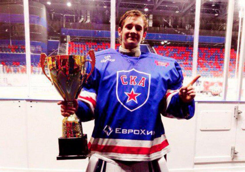 18-летний сын хоккеиста Максима Соколова убил мать