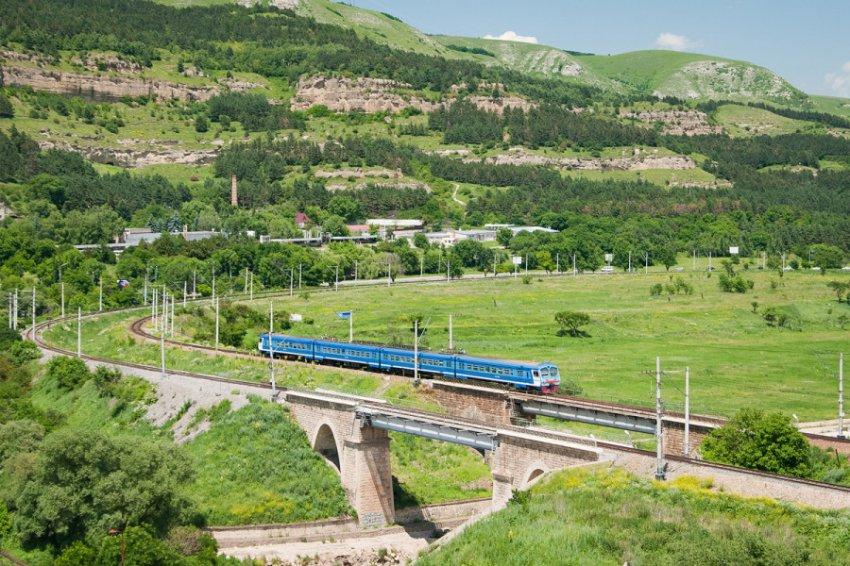 Ремонтные работы привели к затруднению движения электропоездов между Кисловодском и Минеральными Водами