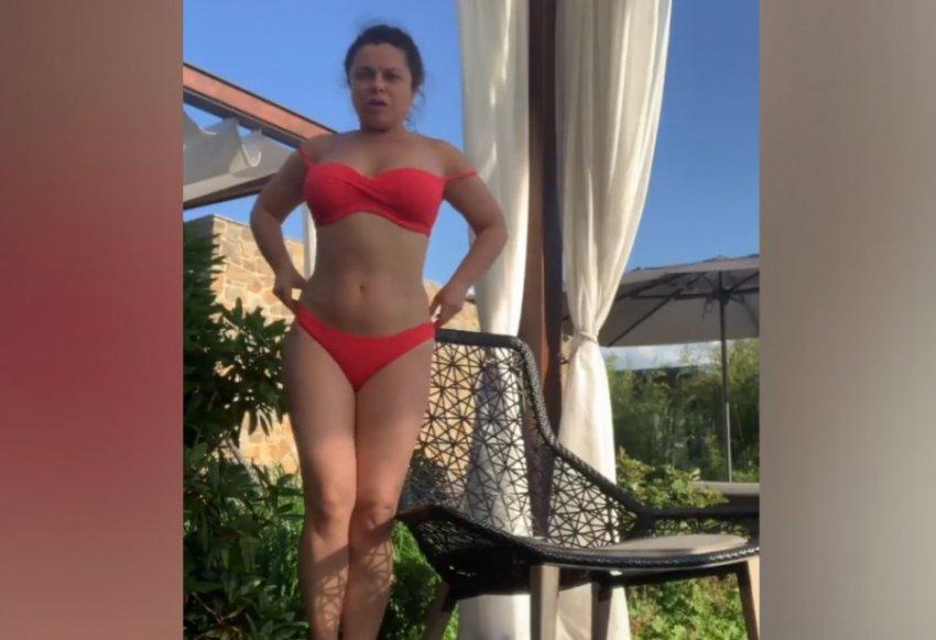 Наташа Королева отругала себя за лишний вес