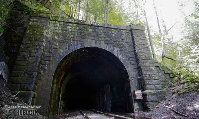 «Ты умрешь»: Бестелесный голос в туннеле напугал двух парней (+ видео) - Паранормальные новости