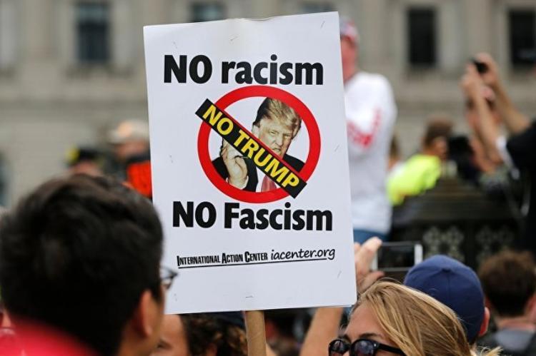 Неонацизм захватывает интернет