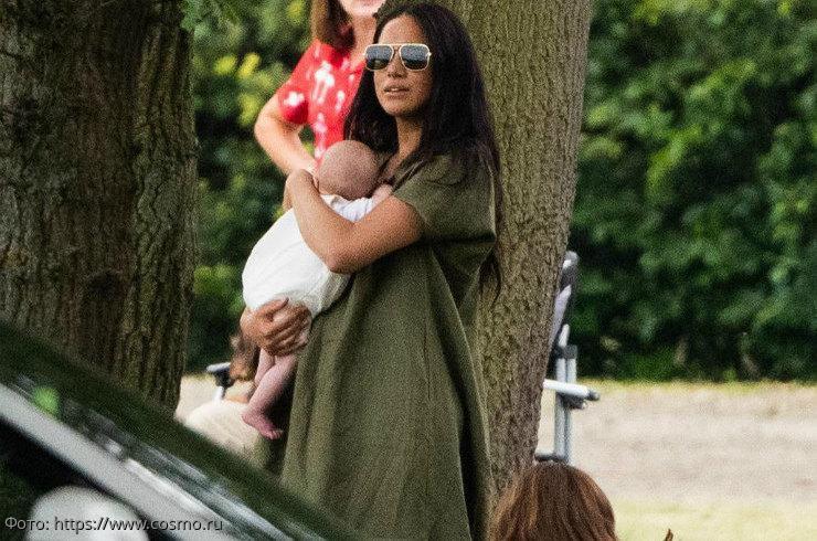 Британцы осудили Меган Маркл за появление с ребенком в общественном месте