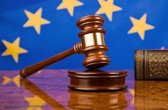 Европейский суд снял санкции с экс-президента Украины Януковича