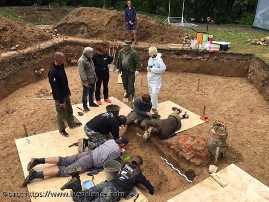 Останки одноногого генерала времен Наполеона найдены под танцполом в Смоленске