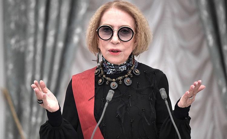 Врачи рассказали о состоянии актрисы Инны Чуриковой - температура начала падать