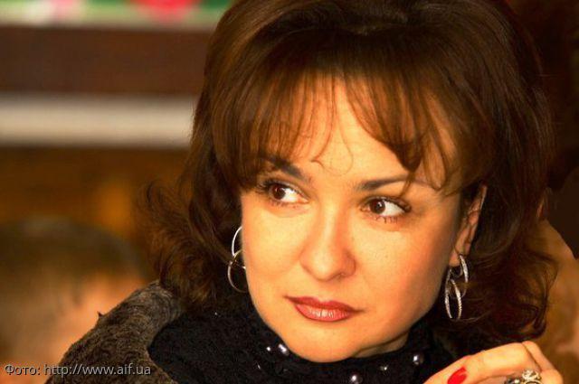 Диетолог Людмила Денисенко рассказала о необходимости курильщикам и беременным есть сало