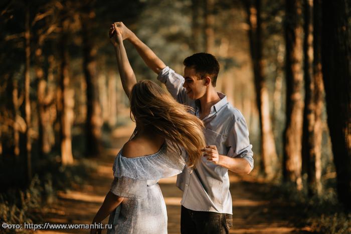 Четыре знака Зодиака, которым не избежать любовных приключений в августе