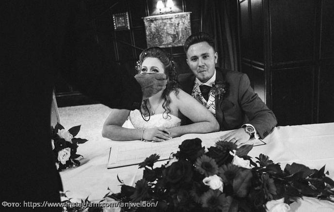 10 работ фотографа, который снимает только нелепые моменты на свадьбах