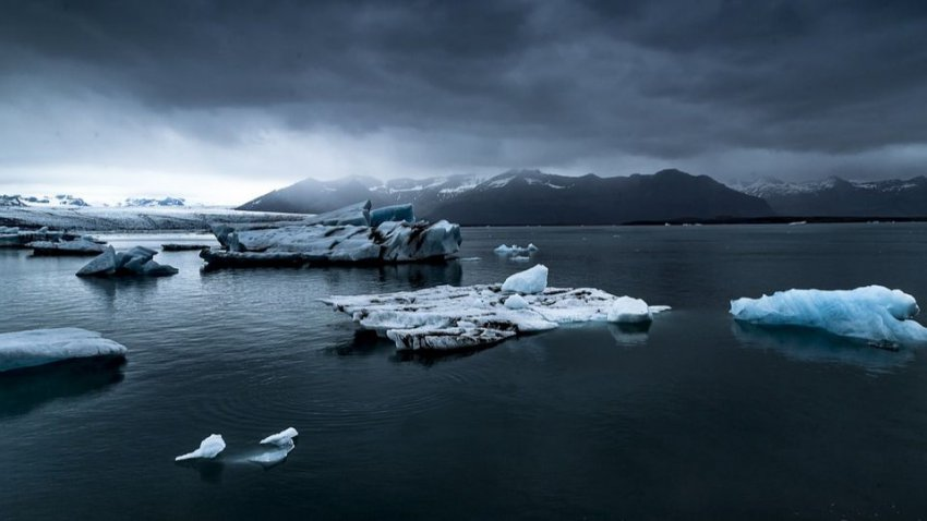 За три года Антарктида лишилась льда площадью с Мексику: лед тает с сумасшедшими темпами