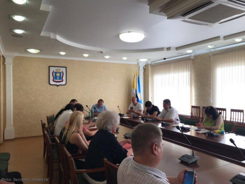 Начальник краевого Жилнадзора встретился с обманутыми дольщиками в Кисловодске