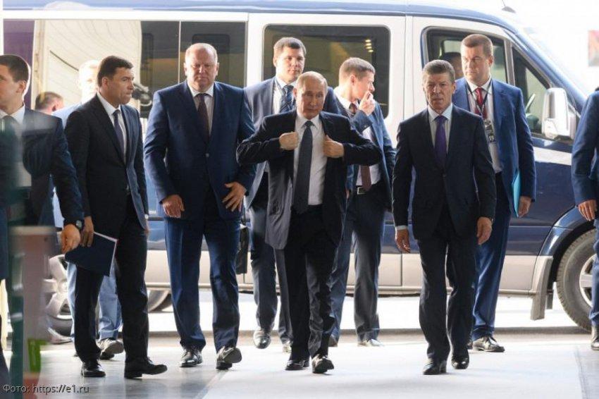Путин посоветовал молодым учёным по ночам заниматься не наукой, а улучшением демографии