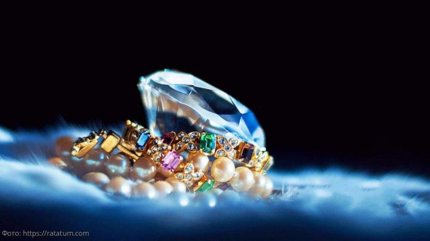 Камни и минералы для представителей знаков Зодиака воздушной стихии: Близнецов, Весов и Водолеев