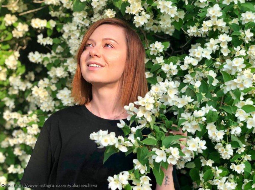 Юлия Савичева боится, что ее дочь пожалуется на недостаток внимания