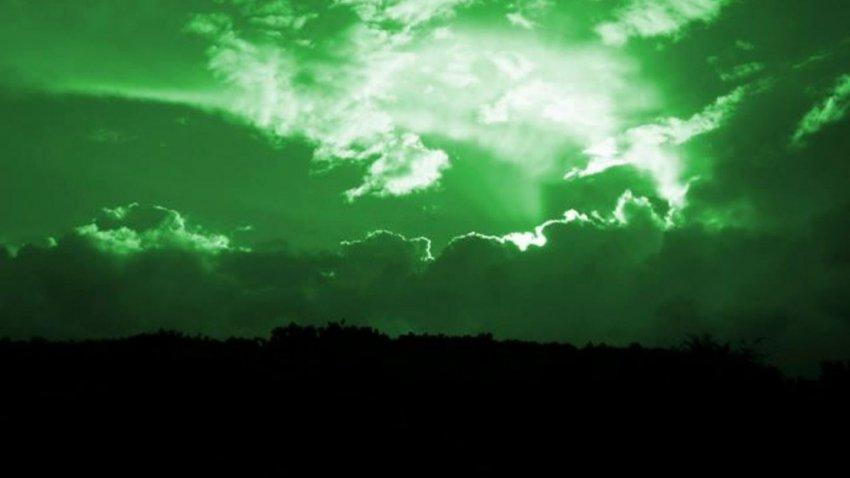 Небо из голубого станет зеленым: стало известно, когда и почему это произойдет