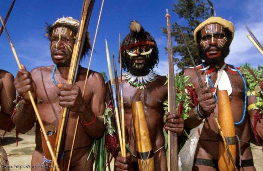 Людоеды, живущие на деревьях: племя караваи в Папуа-Новой Гвинее