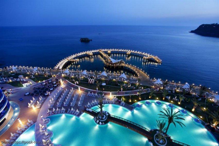 Отели Турции снизили стоимость проживания до конца лета