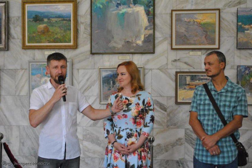 В Кисловодске открылась выставка художника Виталия Макарова