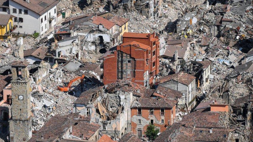 Жертв будет очень много: Стамбулу предрекли мощное землетрясение