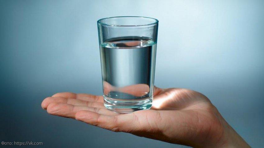 Как правильно пить воду во время приема пищи