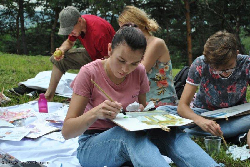 «Арт-Пикник» собрал лучших фотографов, художников и дизайнеров КМВ в Кисловодске