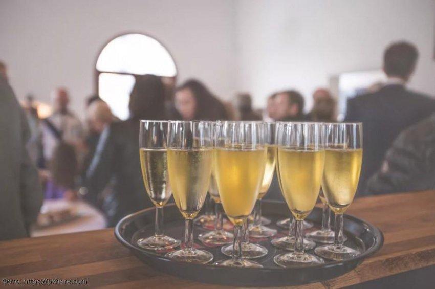 4 верных признака, которые могут выдать алкоголика