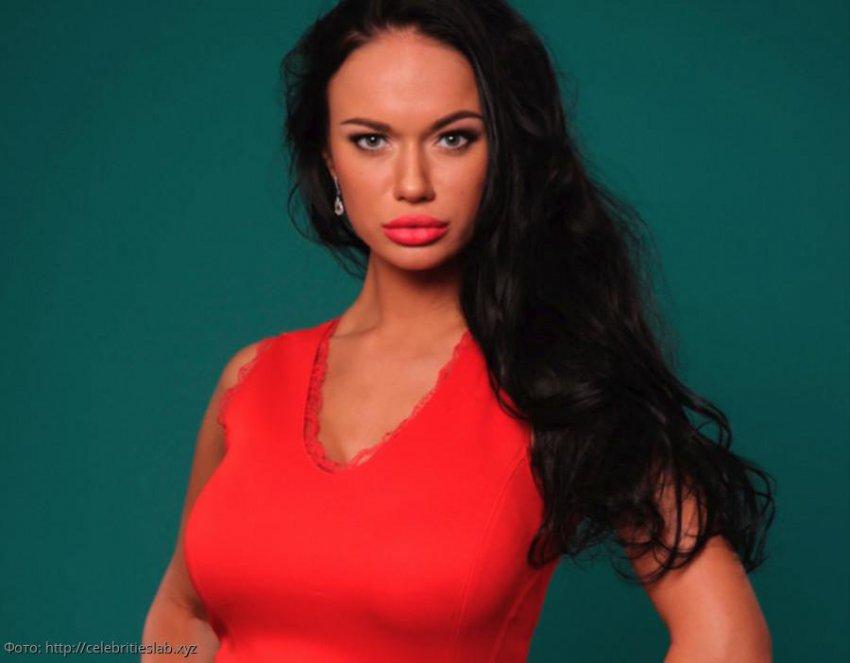 Александр Васильев назвал наряды Яны Кошкиной «полной катастрофой»