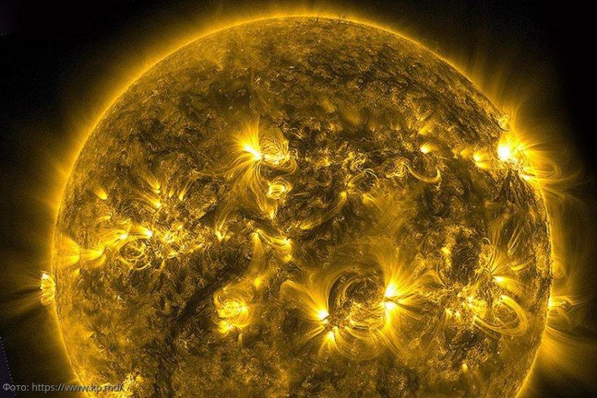 Самая мощная вспышка на Солнце в истории