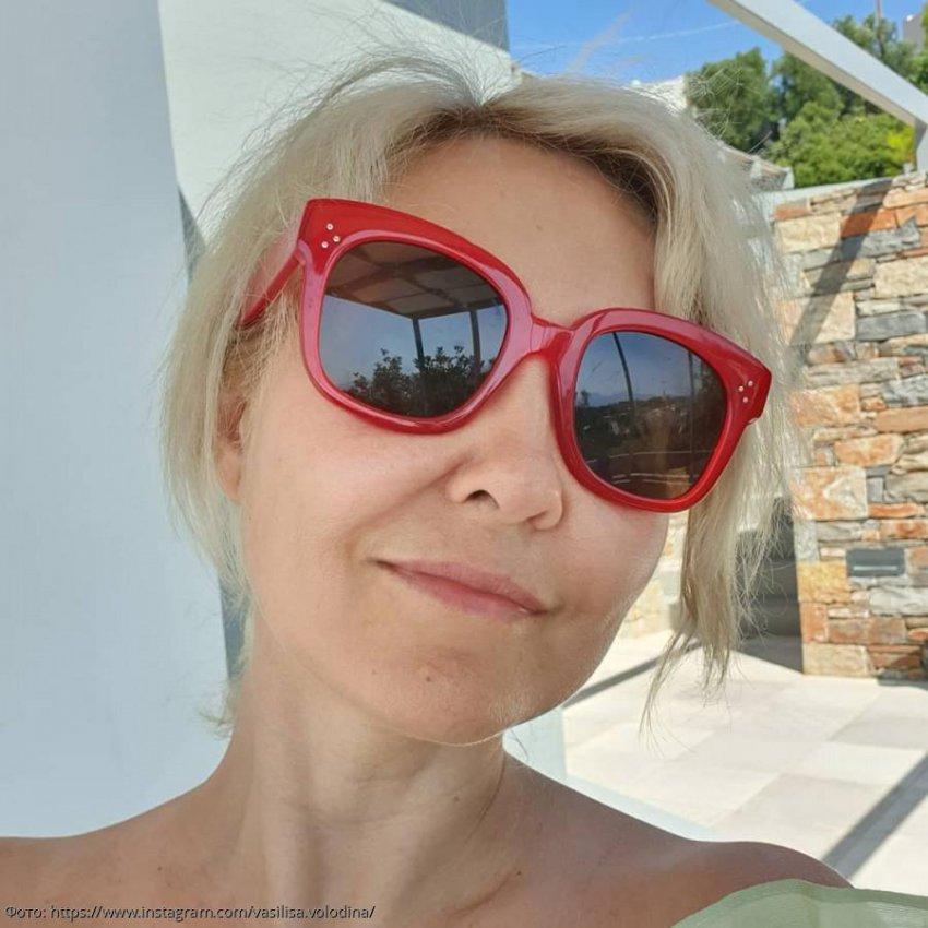 Василиса Володина показала фото в купальнике