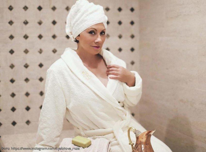Роза Сябитова сделала из своей ванной комнаты спа-салон