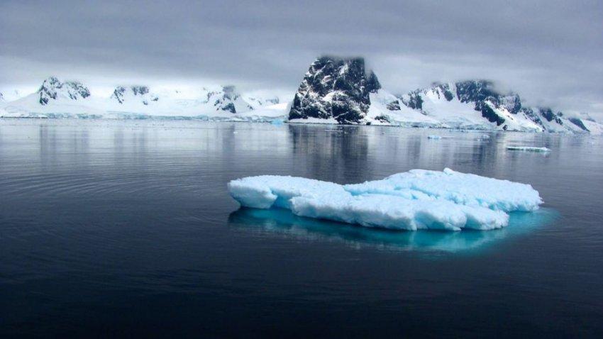ООН: к Гренландии приближается волна горячего воздуха