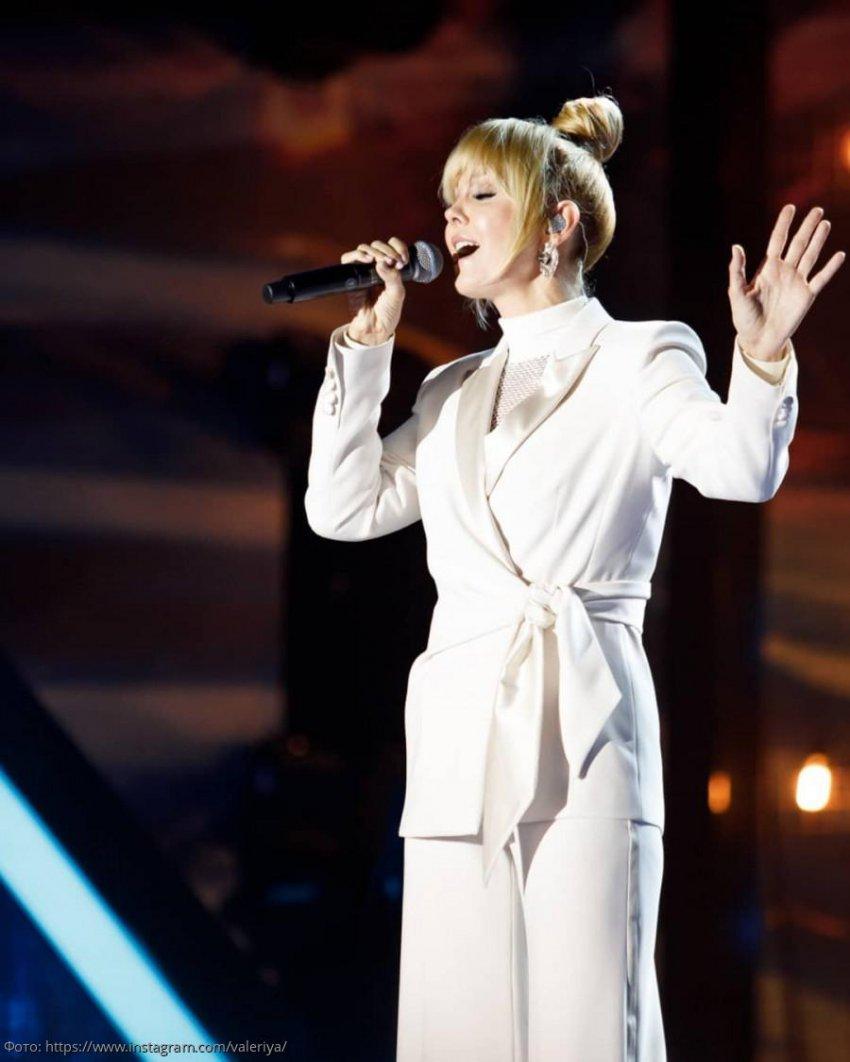 Валерию раскритиковали за образ, в котором она предстала на фестивале «Жара»