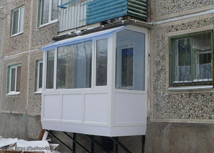 Правила строительства и узаконивания балкона на первом этаже