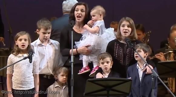 Актер Евгений Цыганов показал сына от Юлии Снигирь